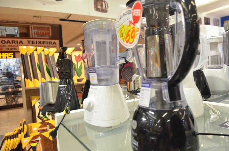Liquidações favorecem compra de eletrodomésticos e eletroeletrônicos